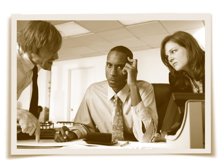 bullying in the work place Bullying in the workplace is a phenomenon that has recently intrigued researchers studying management and organizational issues, leading to such questions as why it occurs and what causes such harassment.